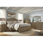 B659 - Trishley - Panel Bed